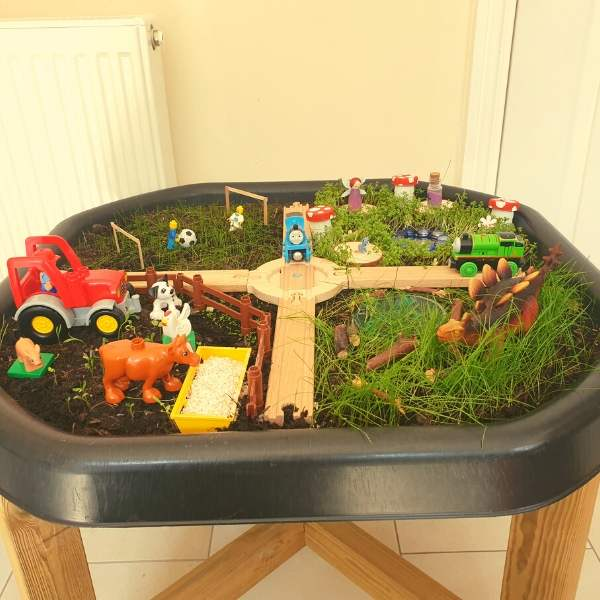tuff tray grass small world play